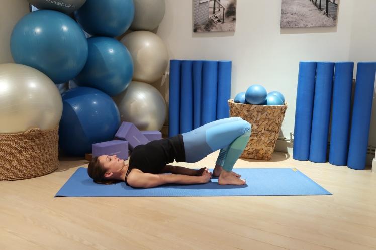 12pont-doigts-croises-julia-lemetais-blog-yoga