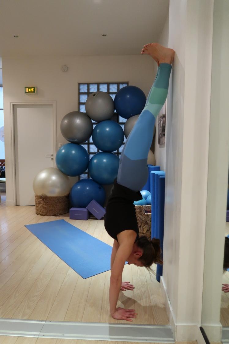 equilibre-mains-julia-lemetais-stress-yoga