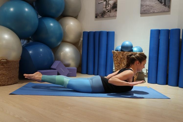sauterelle-complete-yoga-julia-lemetais-blog